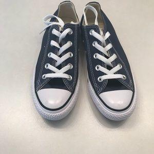 Navy blue converse women's size 6